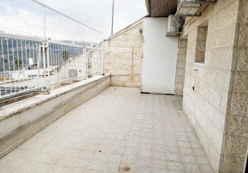 קוטג' פינתי למכירה רמות ב' ירושלים